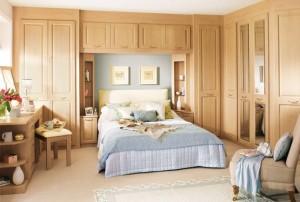 Built in cupboards bedroom